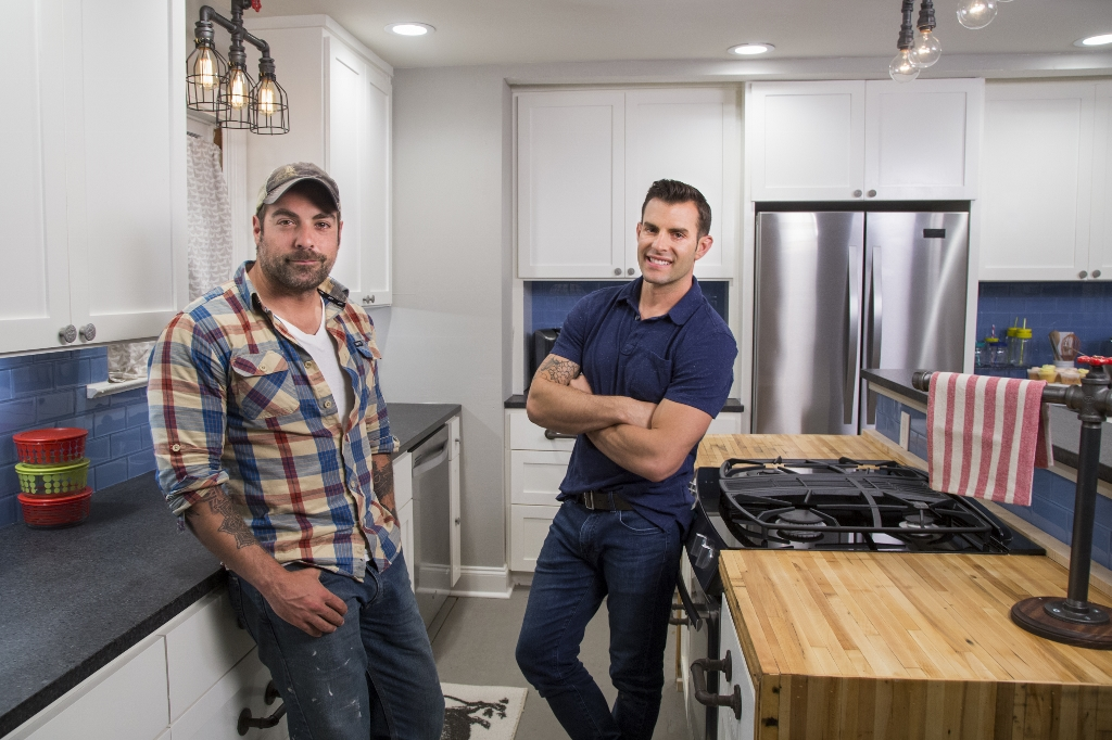 hgtv the cousins kitchen lighting 1024x682