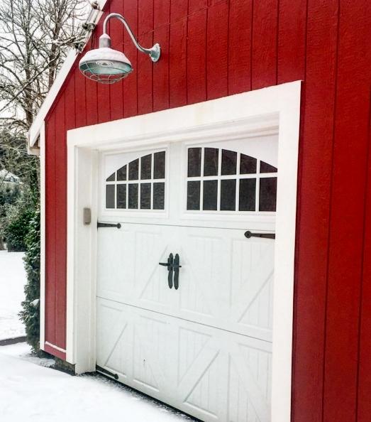 galvanized gooseneck barn light