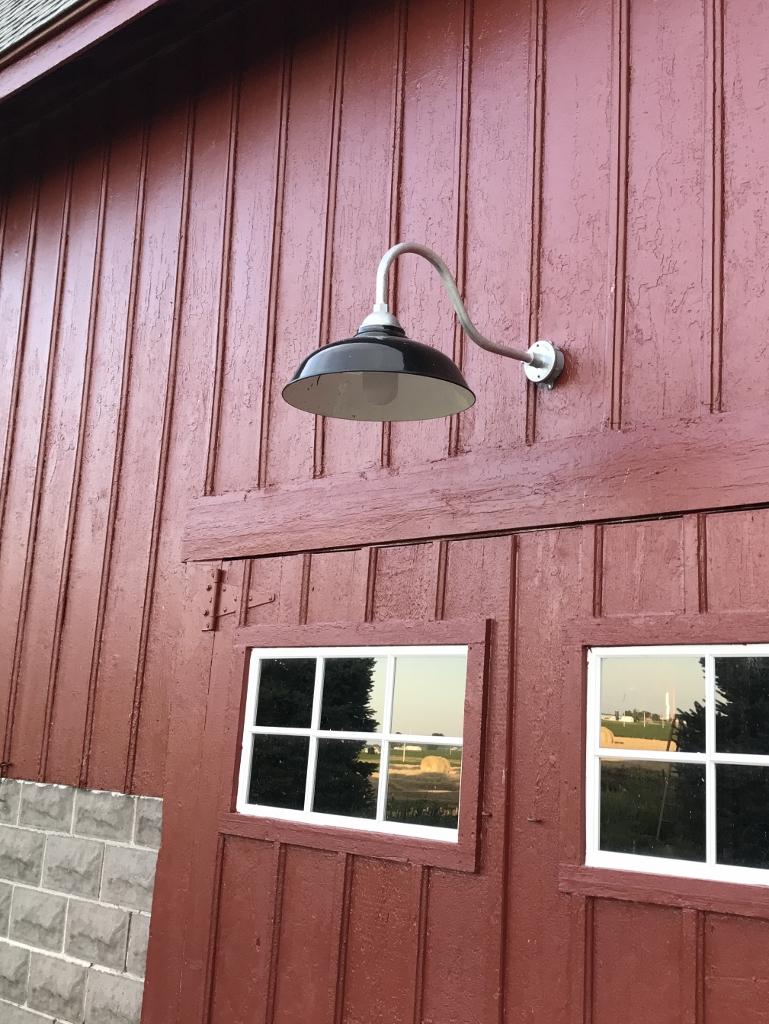 gooseneck barn light 1