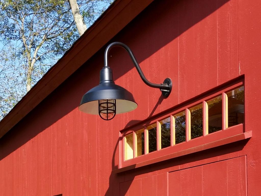 drake gooseneck barn light