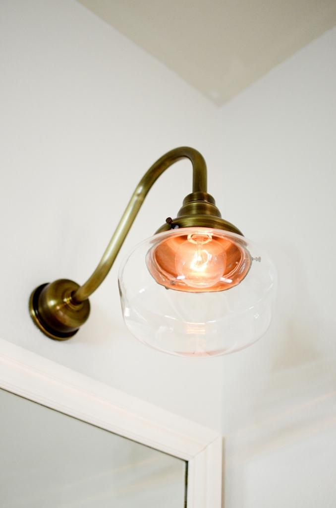 bath and vanity lighting