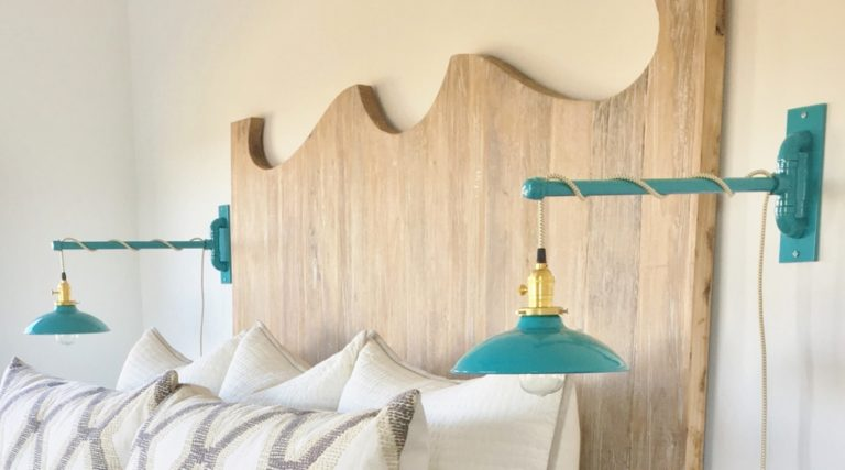 swing arm wall sconce