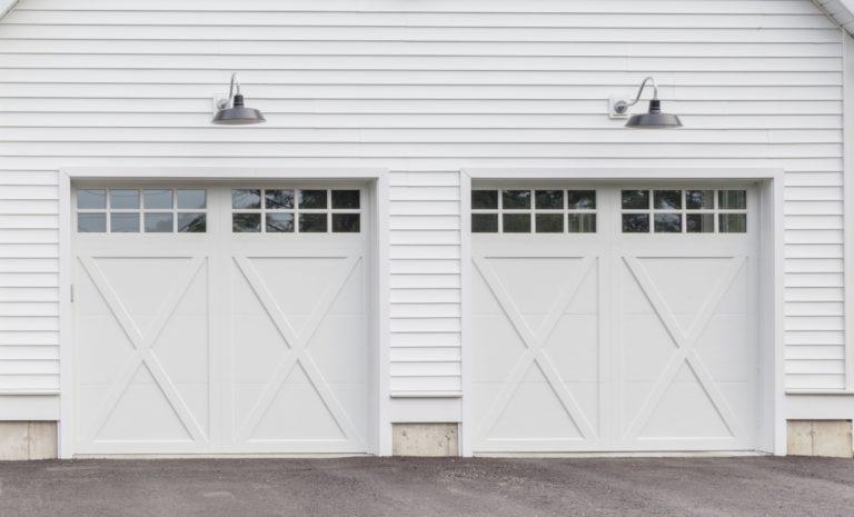 How To Choose The Best Garage Lighting, Gooseneck Lights Over Garage Doors