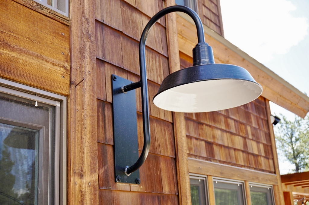 gooseneck exterior lighting 1024x681