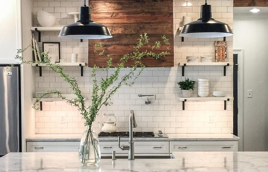 kitchen lighting under counter