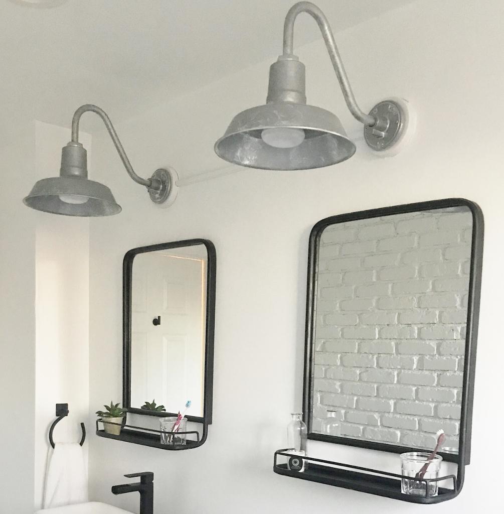 bath vanity lights
