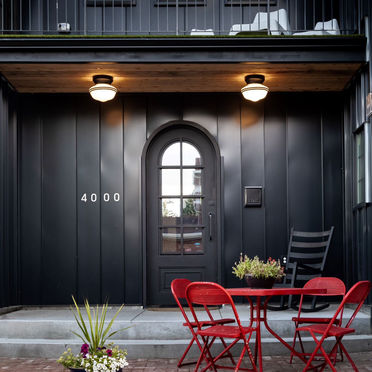 Classic Gooseneck Barn Lights Lend Authenticity to New ...