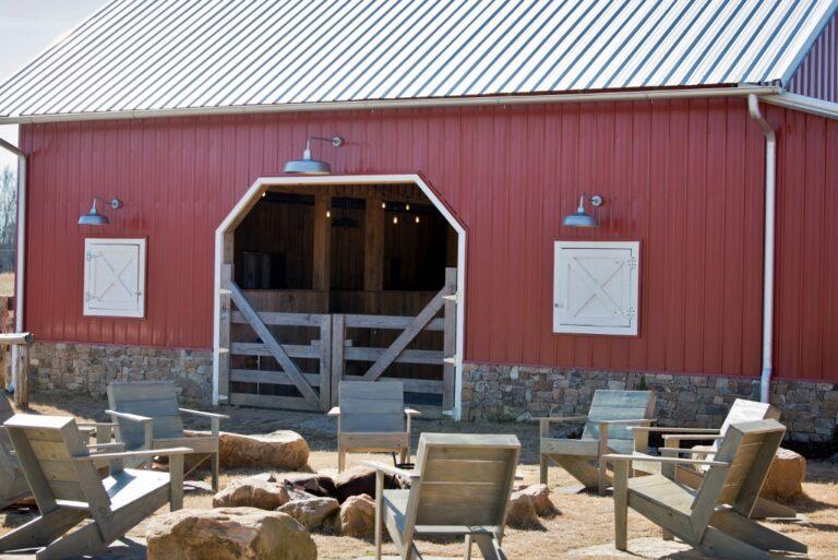 gooseneck barn lighting